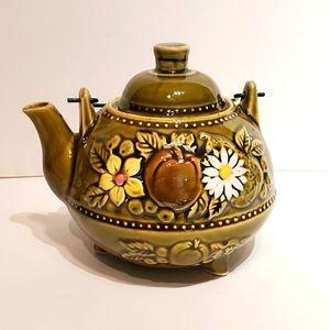 Vintage VGUC Teapot